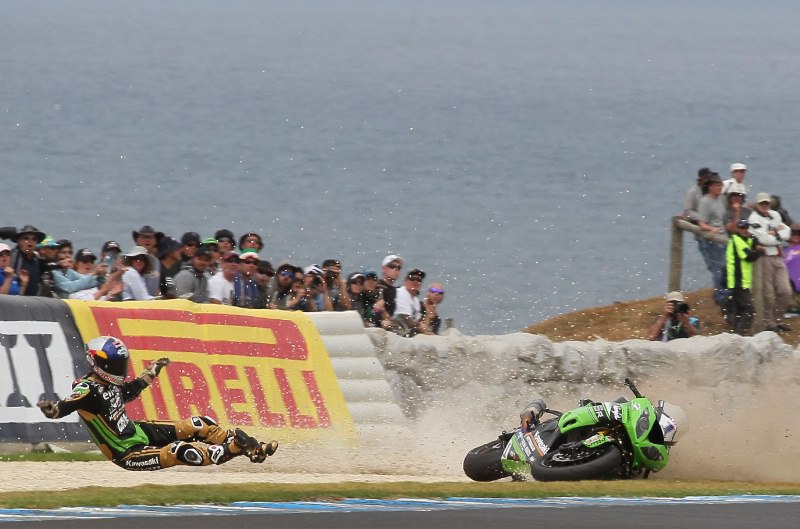 Kenan_Sofuoglu_crash.jpg